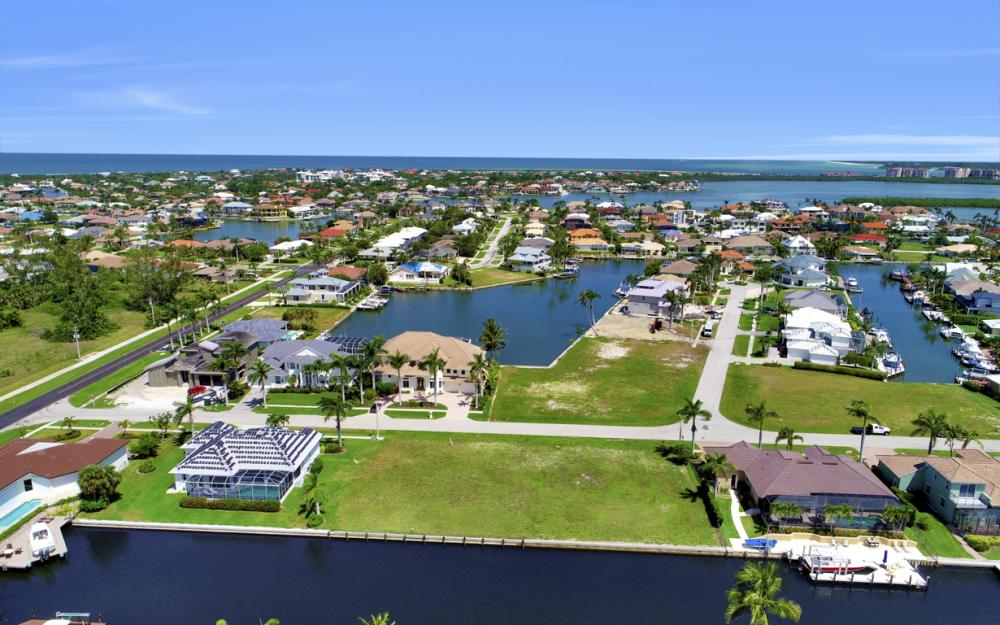 617 Crescent St Marco Island - Lot For Sale 67628486