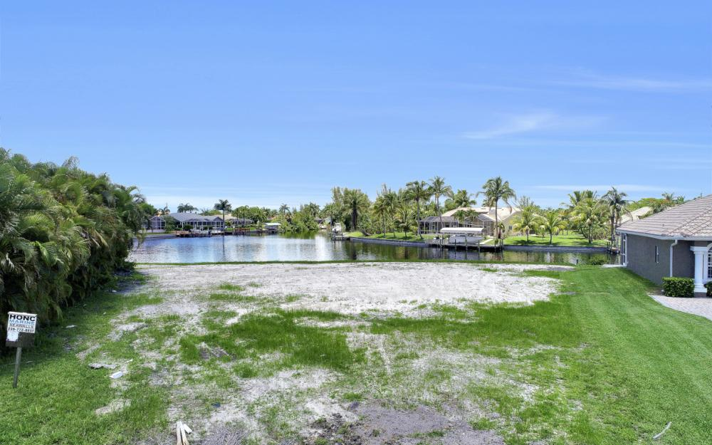 1933 SW 51st St, Cape Coral - Lot For Sale 1073013856