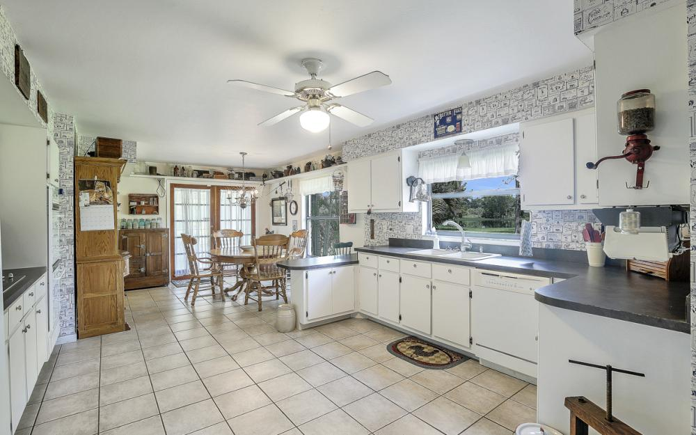 12491 Eagle Rd, Cape Coral - Home For Sale 2086462866