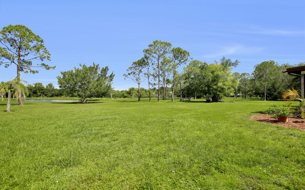 12491 Eagle Rd, Cape Coral - Home For Sale 1215063376