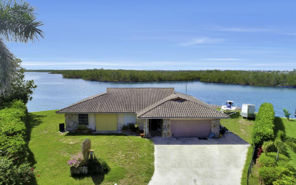 194 Trinidad St, Naples - Home w/ Private Island 949082589