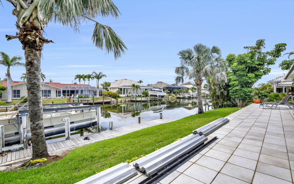 289 N Barfield Dr, Marco Island - Home For Sale 2057065225