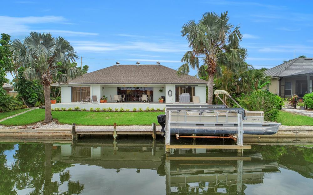 289 N Barfield Dr, Marco Island - Home For Sale 245144318
