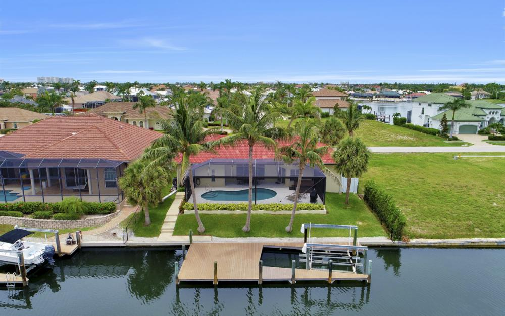 1203 Whiteheart Ave, Marco Island - Vacation Rental  385050773