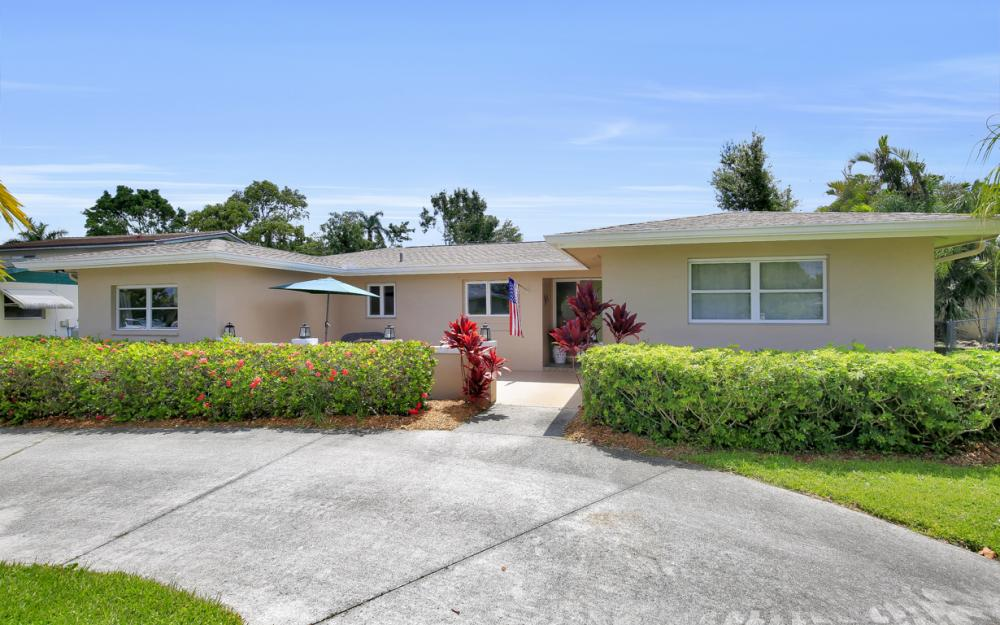5077 Northampton Dr, Fort Myers - Home For Sale 2079607549