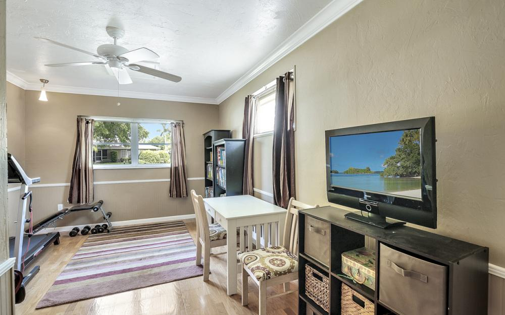 5077 Northampton Dr, Fort Myers - Home For Sale 90257476