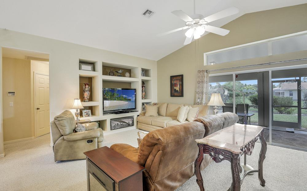 6313 Emerald Pines Cir, Fort Myers - Home For Sale 1730948111