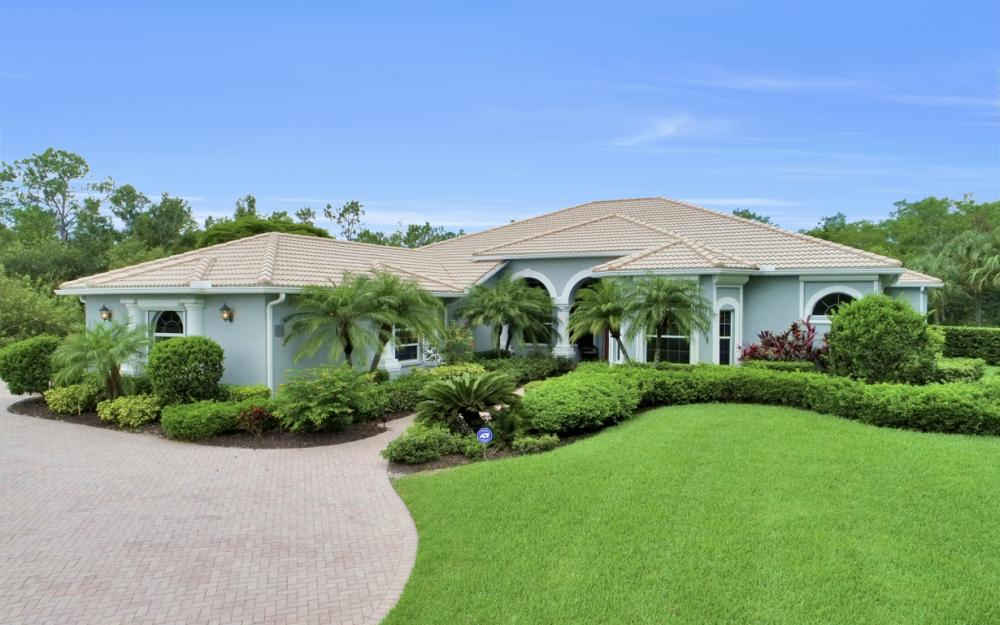 10528 Curry Palm Ln, Fort Myers - Home For Sale 1423522530