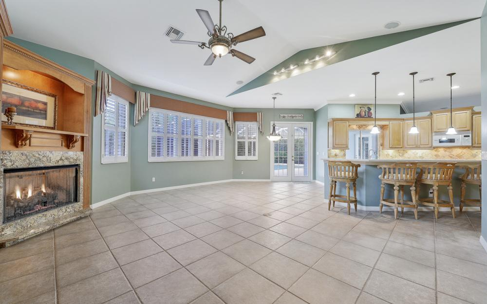 10528 Curry Palm Ln, Fort Myers - Home For Sale 602207202