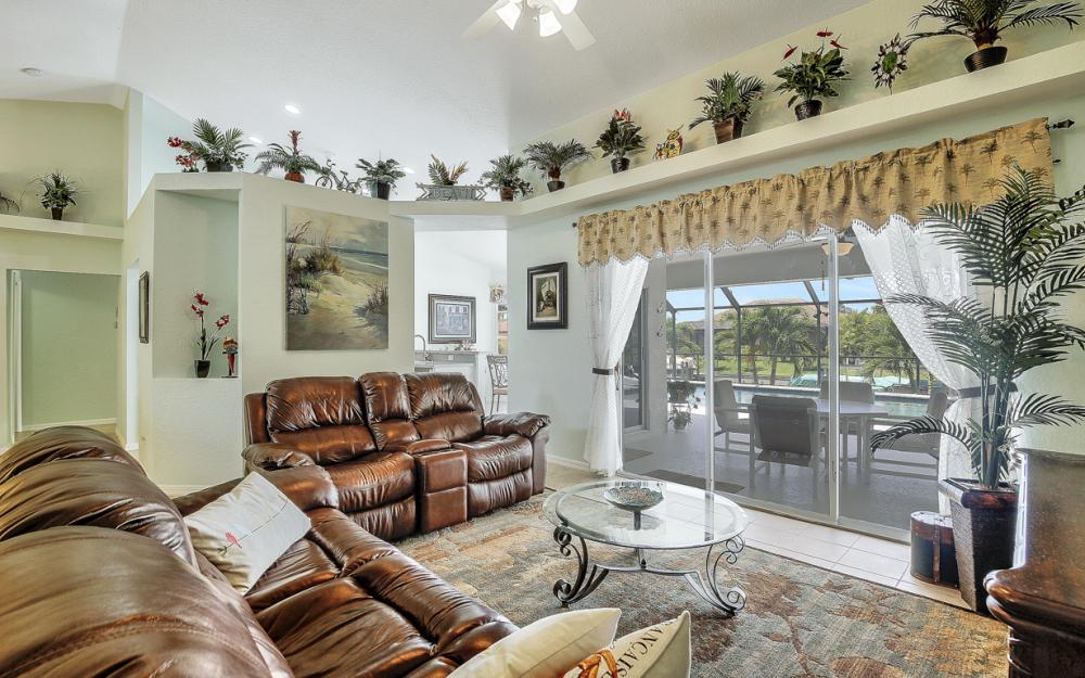 2109 SW 29th Terrace, Cape Coral - Home For Sale 536813338