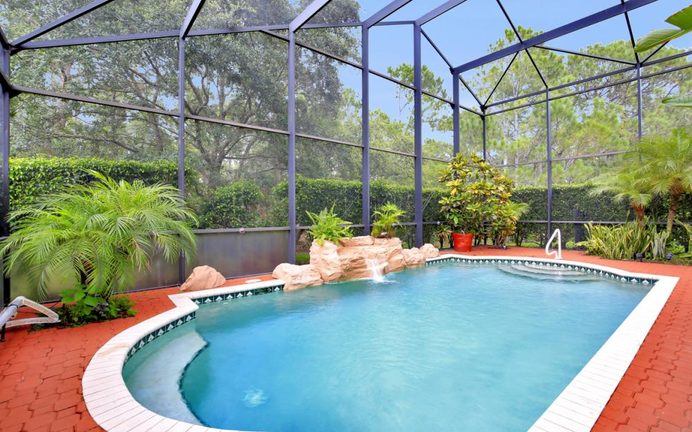 2401 Leafshine Ln, Naples - Home For Sale 1022273012
