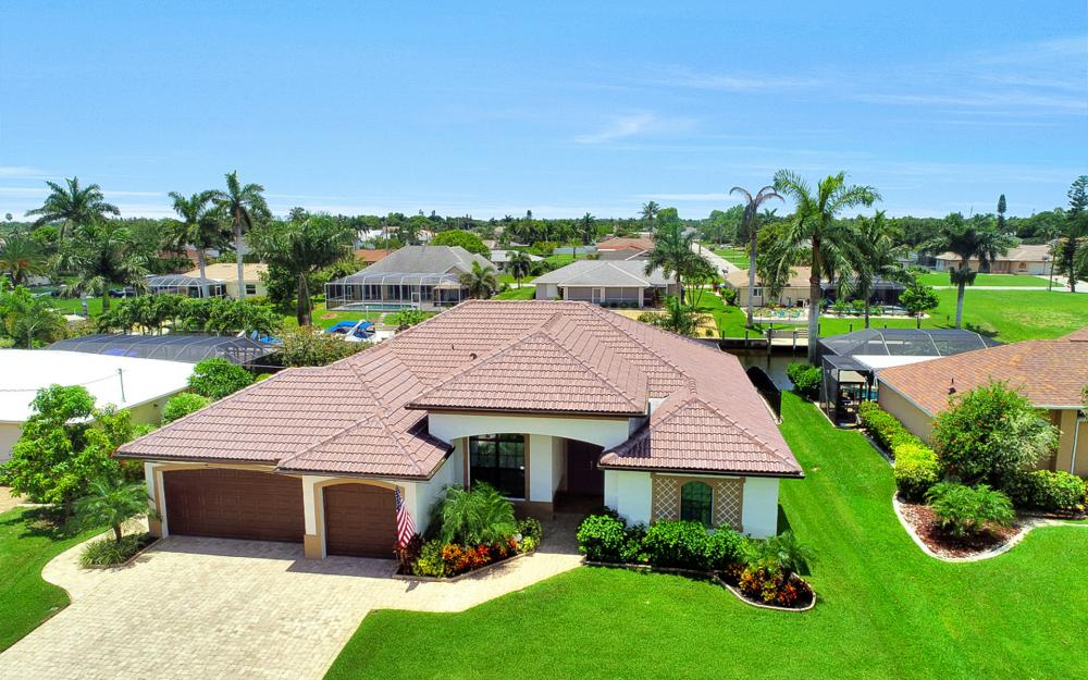 1920 SE 9th Terrace, Cape Coral - Home For Sale 765423381