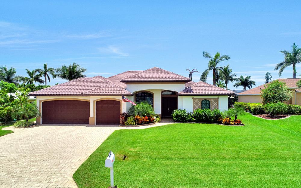 1920 SE 9th Terrace, Cape Coral - Home For Sale 1846232724