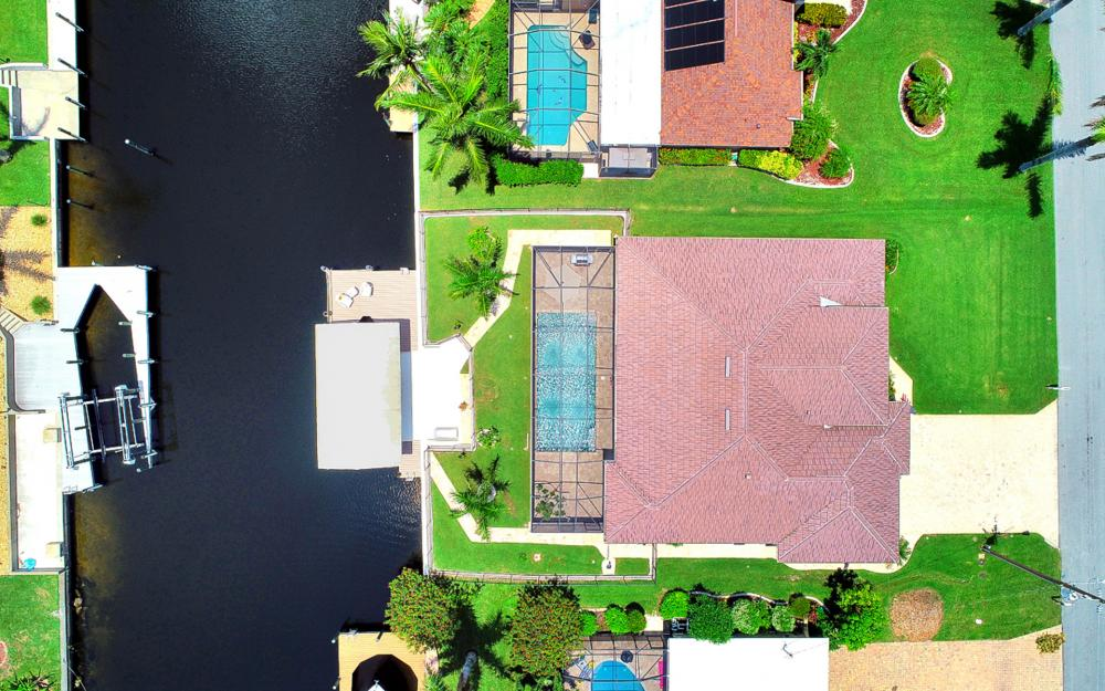 1920 SE 9th Terrace, Cape Coral - Home For Sale 194168121