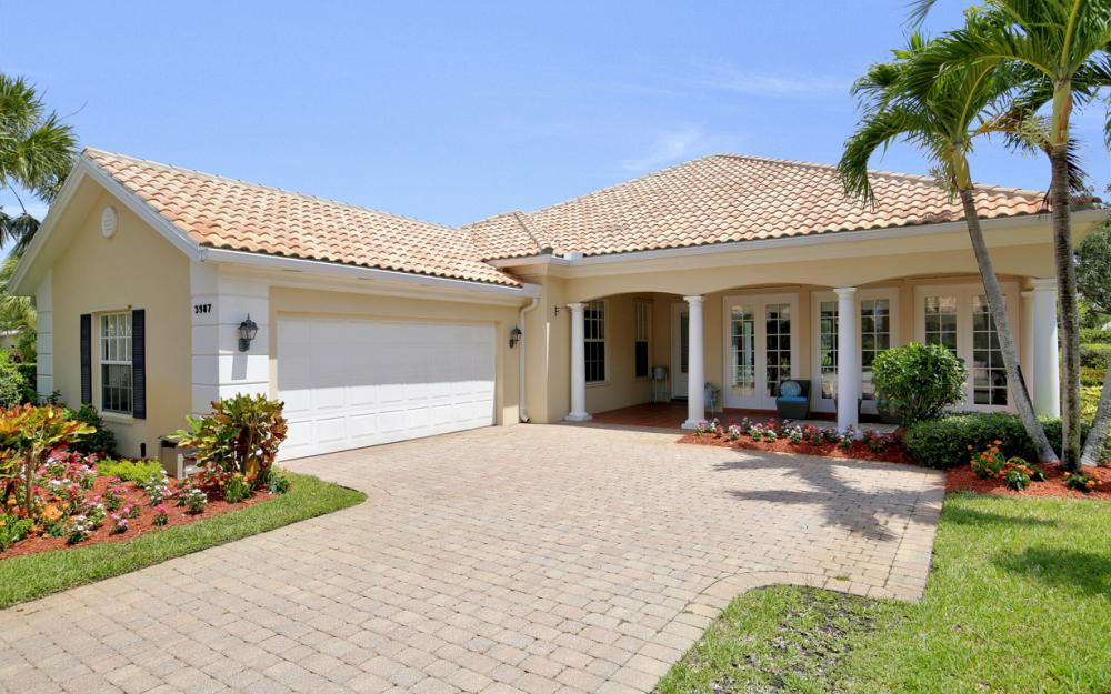 3987 Upolo Ln, Naples - Home For Sale 725128599