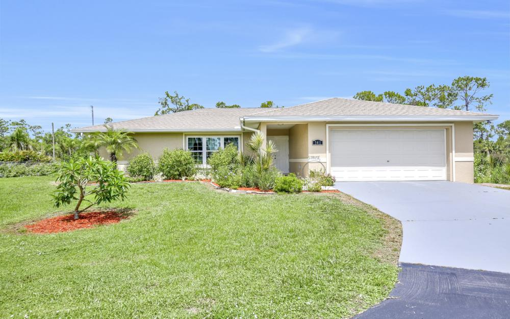 341 15th St SW, Naples - Home For Sale 340179659