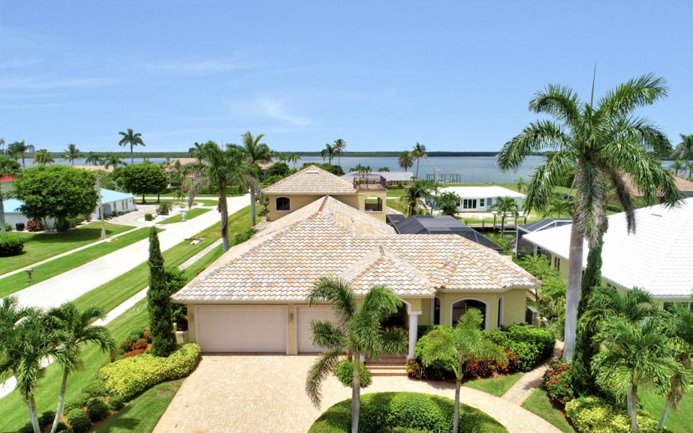 1781 Barbados Ave, Marco Island - Home For Sale 1164377543