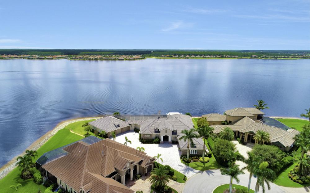9337 Granite Ct, Naples - Home For Sale 504579511