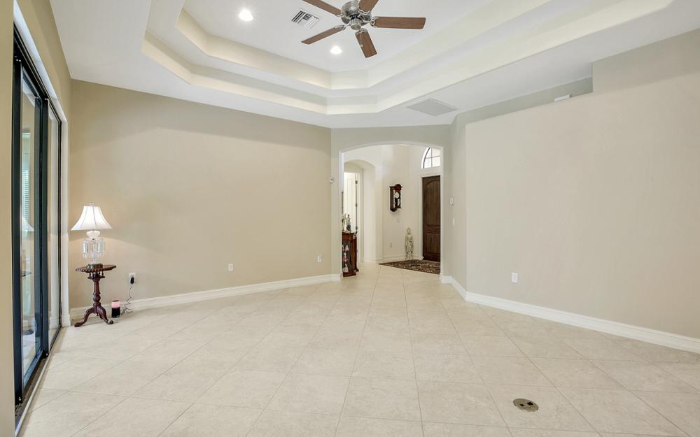 7206 Acorn Way, Naples - Home For Sale 982678318