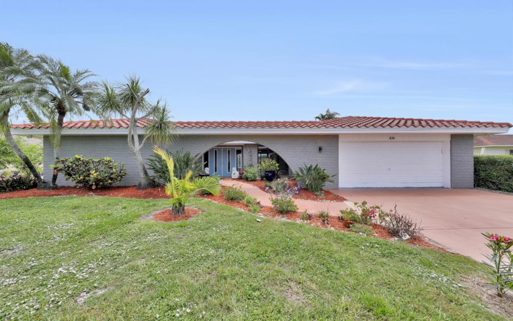 494 Cypress Way E, Naples - Home For Sale 1168463898