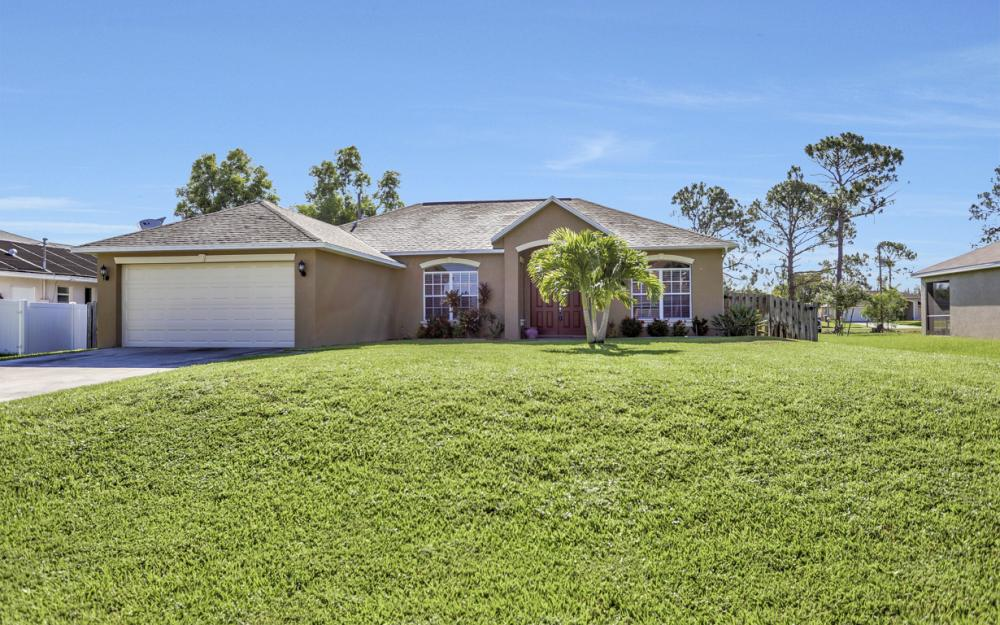 2219 SW 20th Ave, Cape Coral -Home For Sale 1645597564