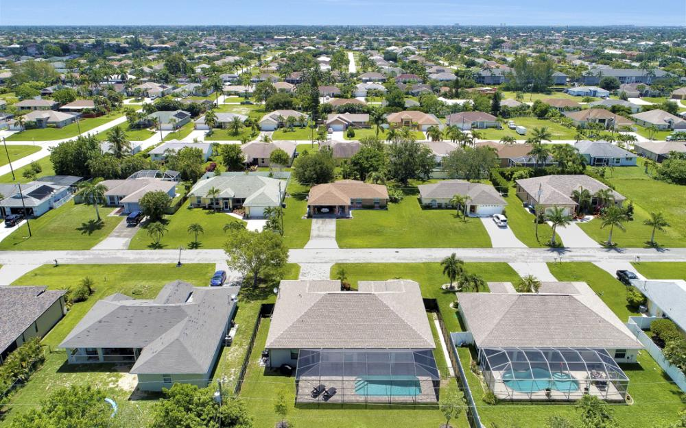 4544 SW 14th Pl Cape Coral - Home For Sale 286728891