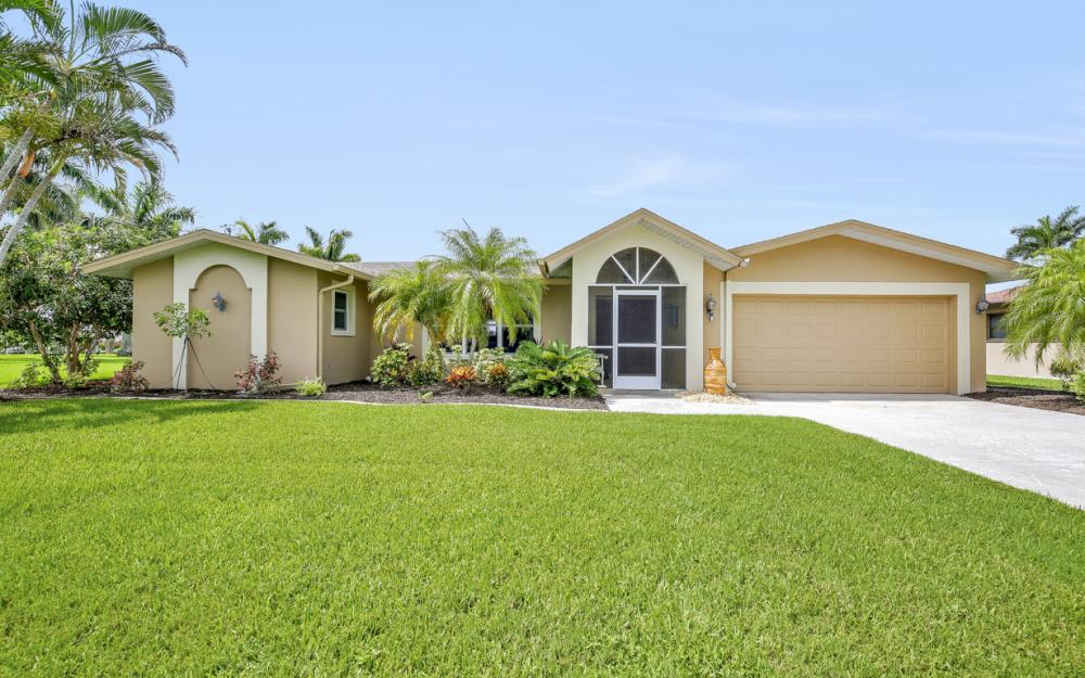 1910 SE 36th St, Cape Coral - Home For Sale 1133855232