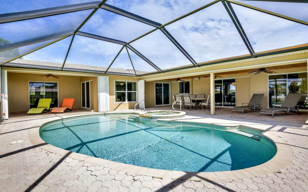 1910 SE 36th St, Cape Coral - Home For Sale 748887549