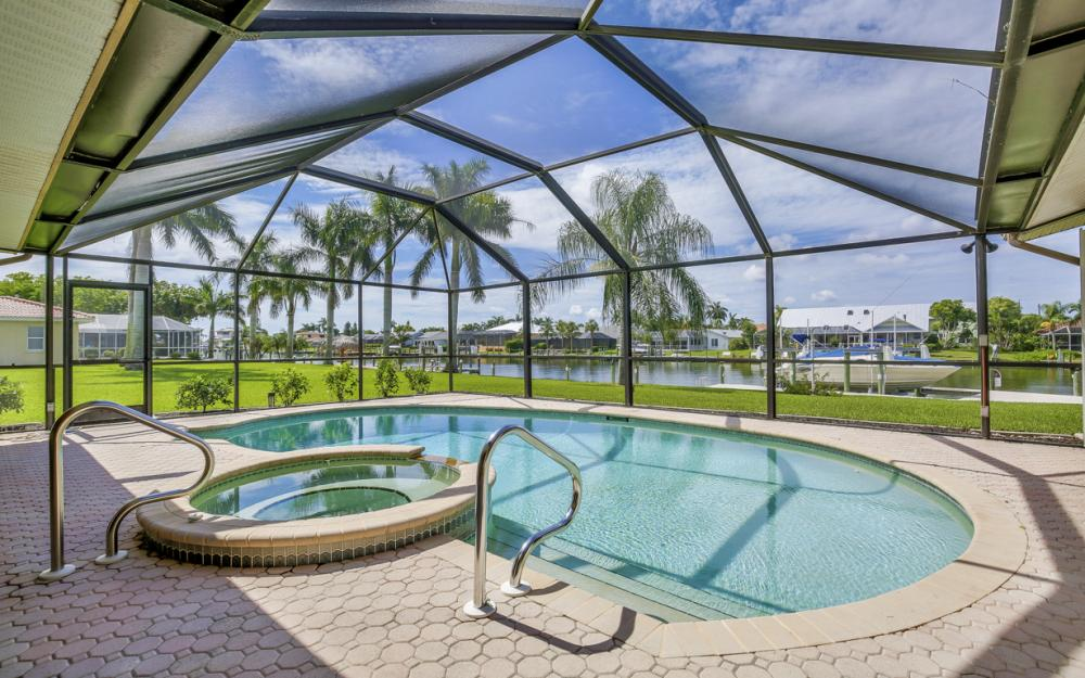1910 SE 36th St, Cape Coral - Home For Sale 582351060