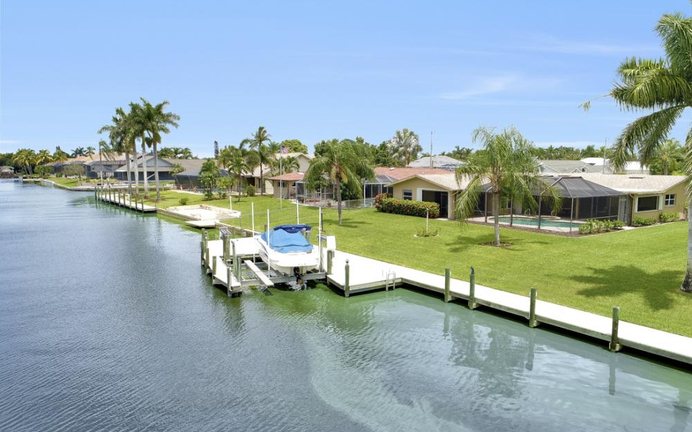 1910 SE 36th St, Cape Coral - Home For Sale 1666574469