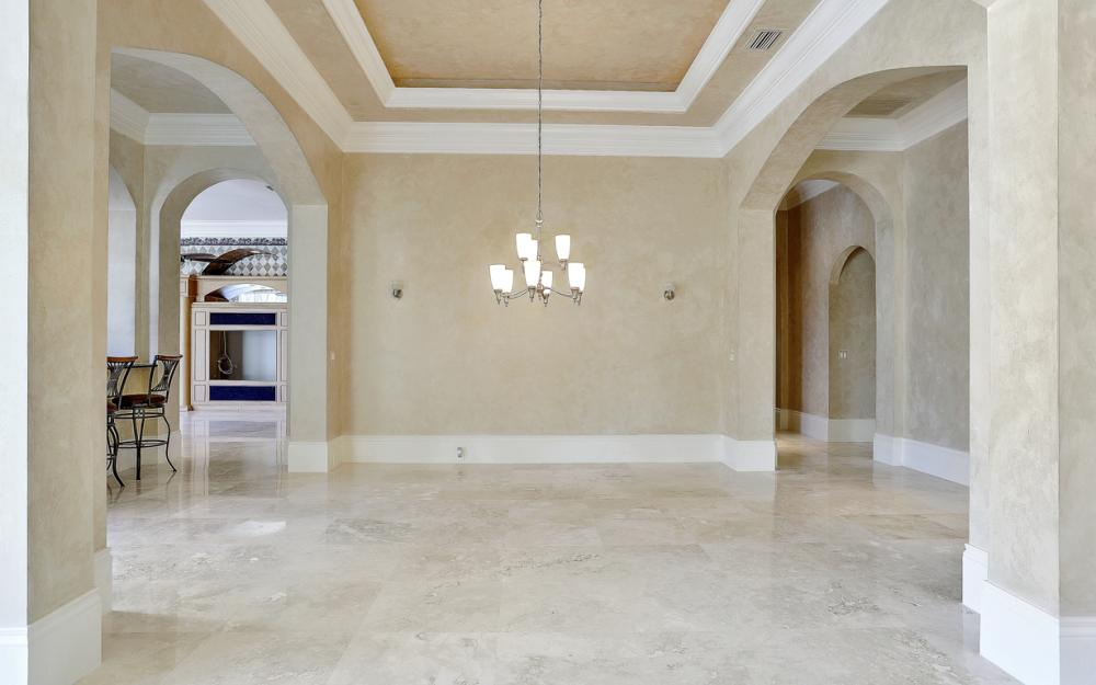 6423 Highcroft Dr, Naples - Home For Sale 966842248