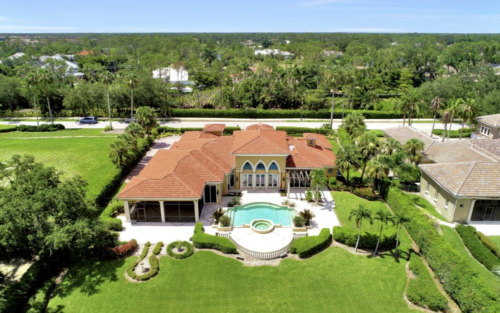6423 Highcroft Dr, Naples - Home For Sale 656671178