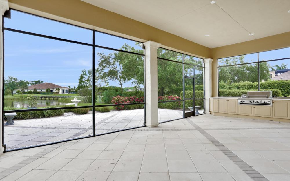 6423 Highcroft Dr, Naples - Home For Sale 2078841769