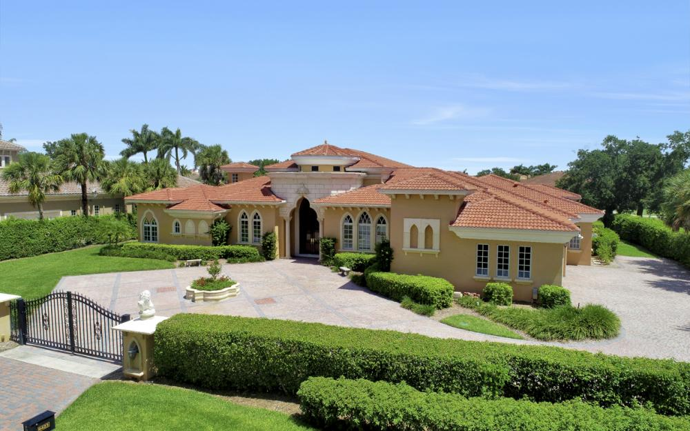 6423 Highcroft Dr, Naples - Home For Sale 1167789095