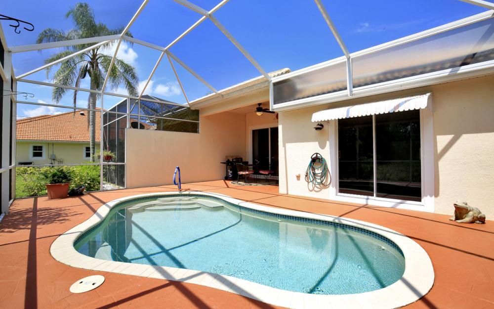 5887 Northridge Dr N,Naples - Home For Sale 1076753264