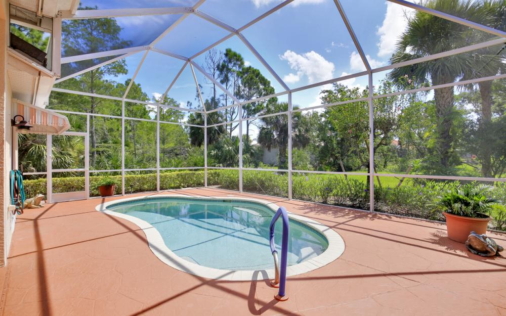 5887 Northridge Dr N,Naples - Home For Sale 1586819349