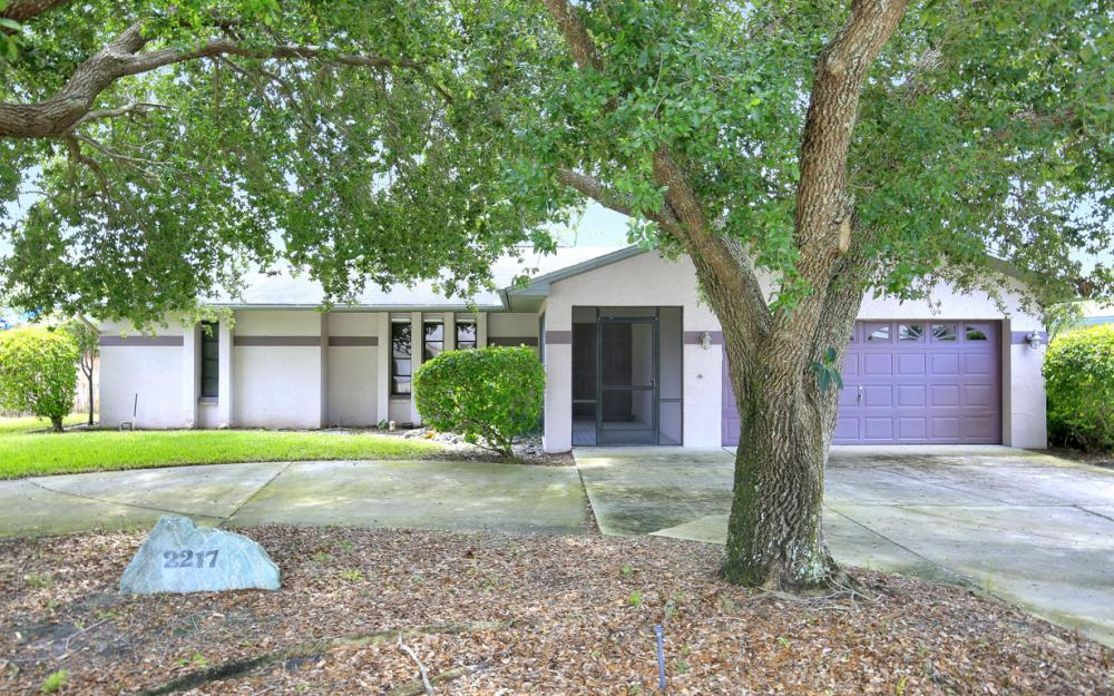 2217 Treehaven Cir, Fort Myers - Home For Sale 285028774