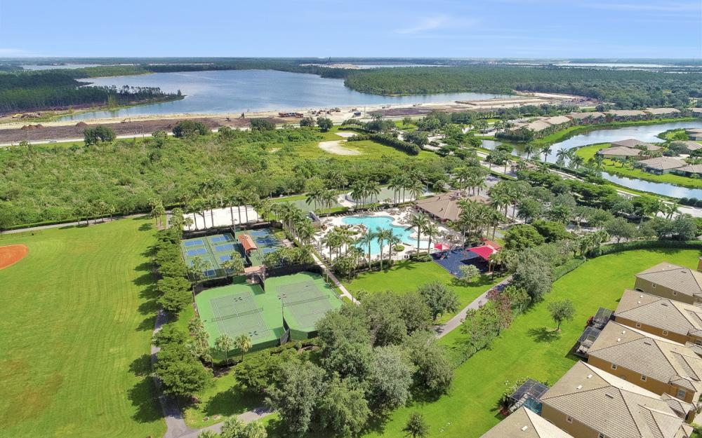 20073 Larino Loop, Estero - Home For Sale 36043104