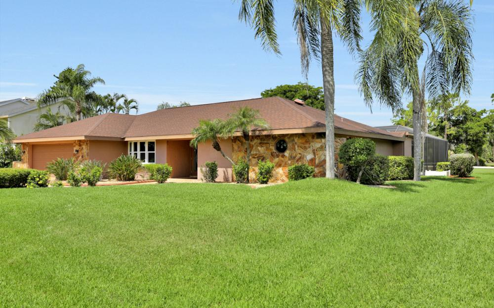 16715 Bobcat Dr, Fort Myers - Home For Sale 1171504143