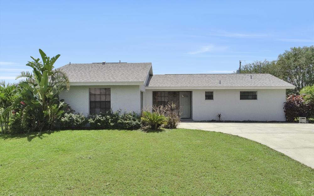 1203 SE 21st Ave, Cape Coral - Home For Sale 778776070