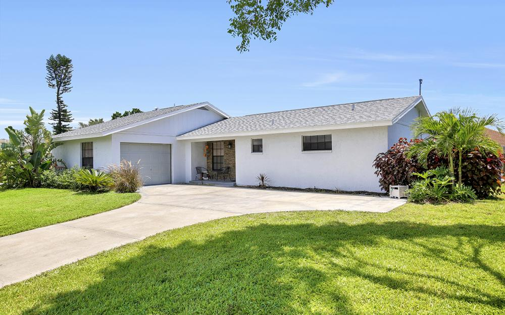1203 SE 21st Ave, Cape Coral - Home For Sale 1507443623