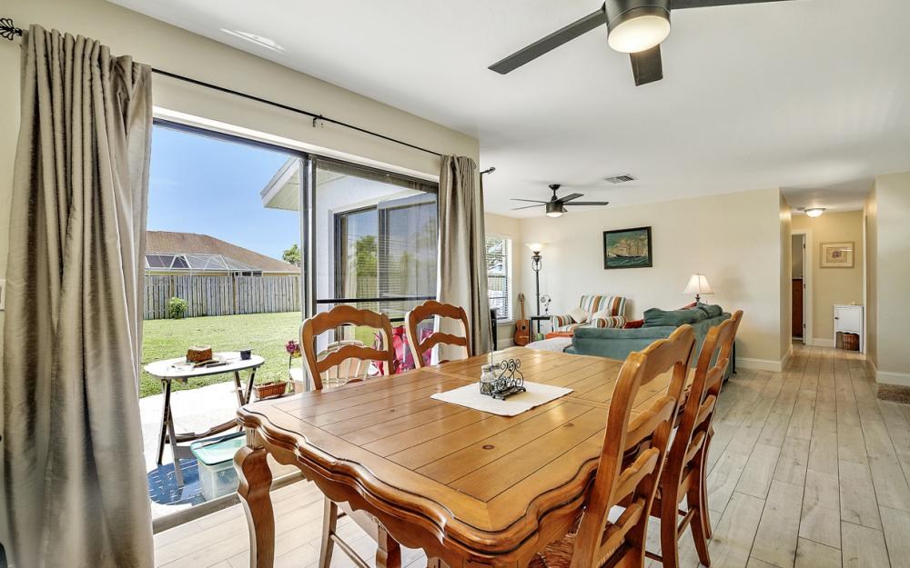 1203 SE 21st Ave, Cape Coral - Home For Sale 620101195