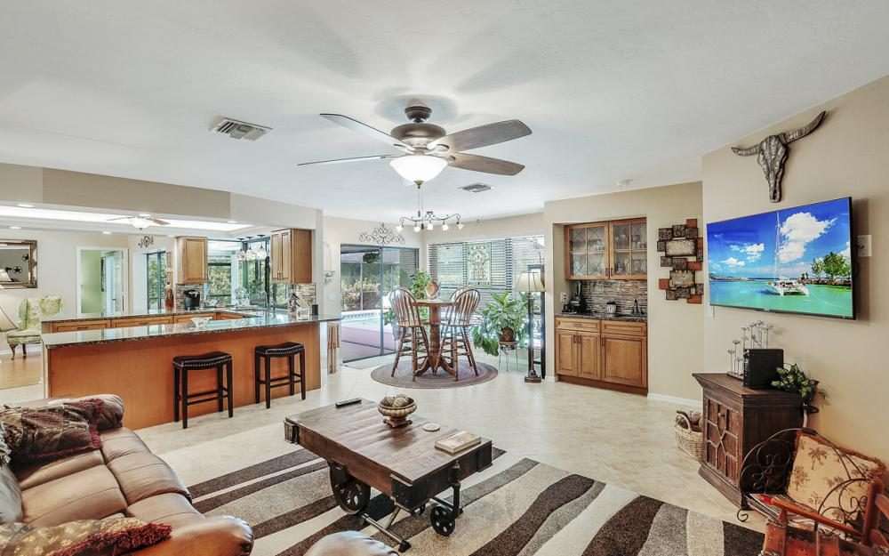 1749 Dogwood Dr, Marco Island - Home For Sale 1043712652