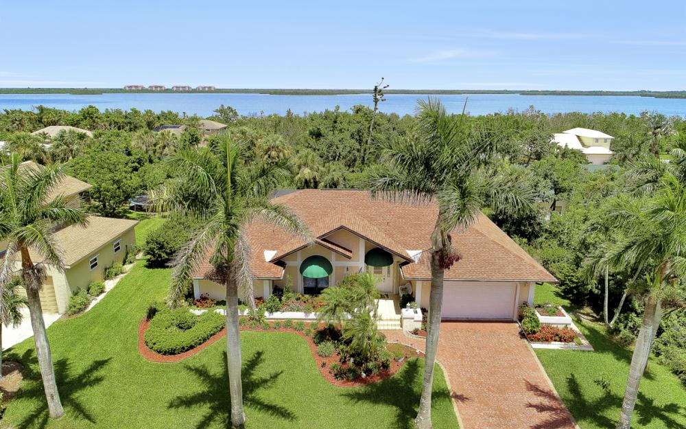 1749 Dogwood Dr, Marco Island - Home For Sale 1186980804