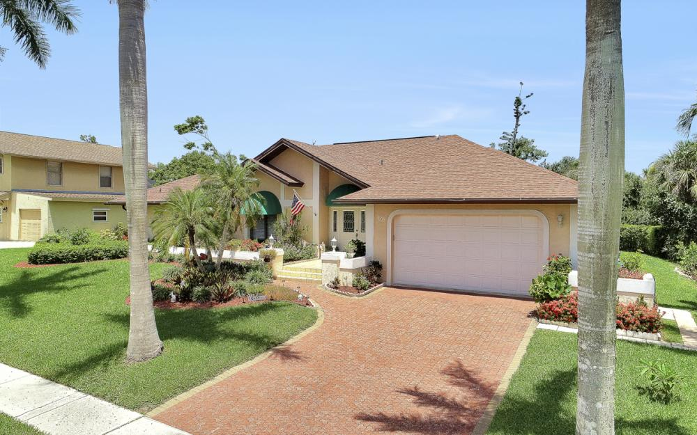 1749 Dogwood Dr, Marco Island - Home For Sale 417602791