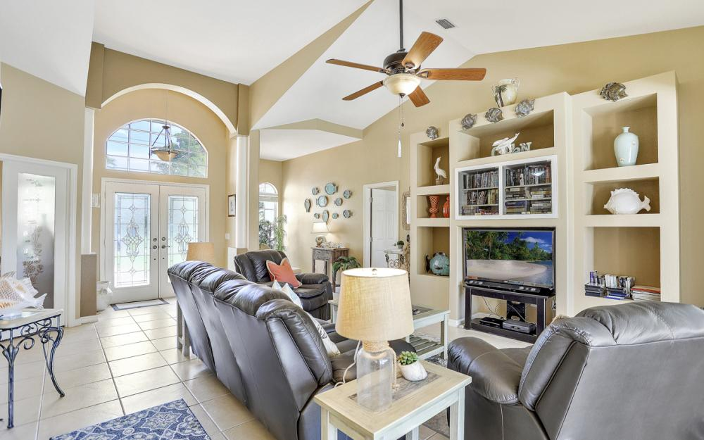 2200 SW 49th Ter, Cape Coral - Vacation Rental 837310206