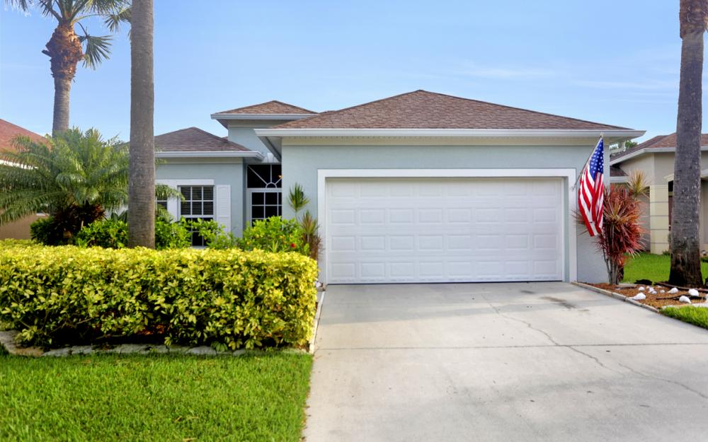 9722 Mendocino Dr, Fort Myers - Home For Sale 353339703