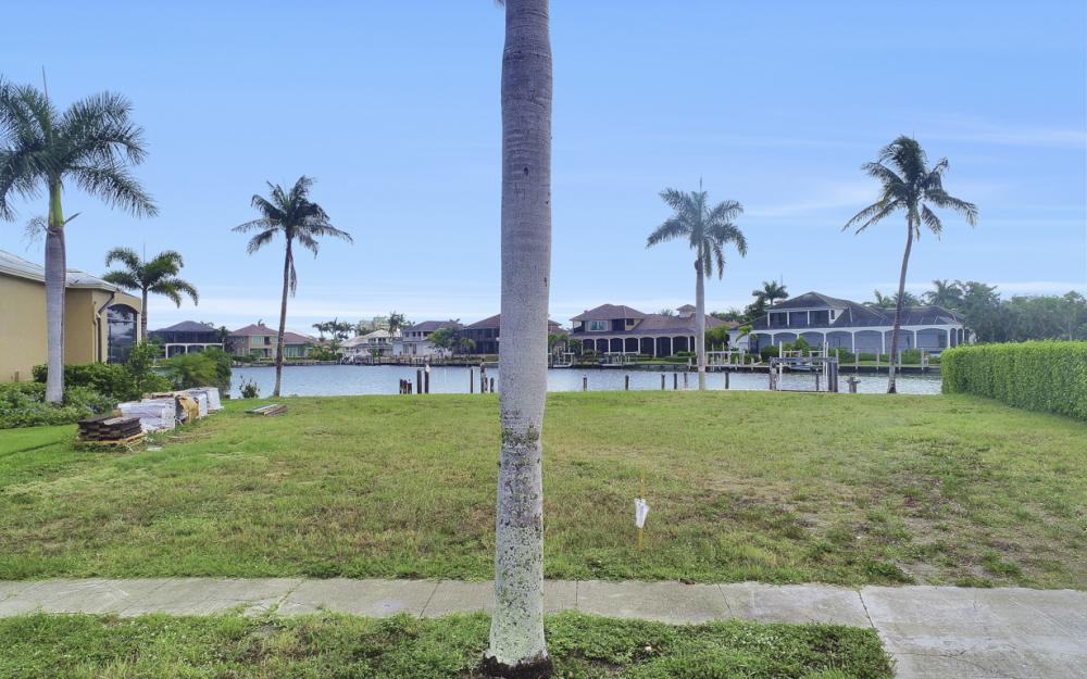 764 Hull Ct, Marco Island - Lot For Sale 1976339036