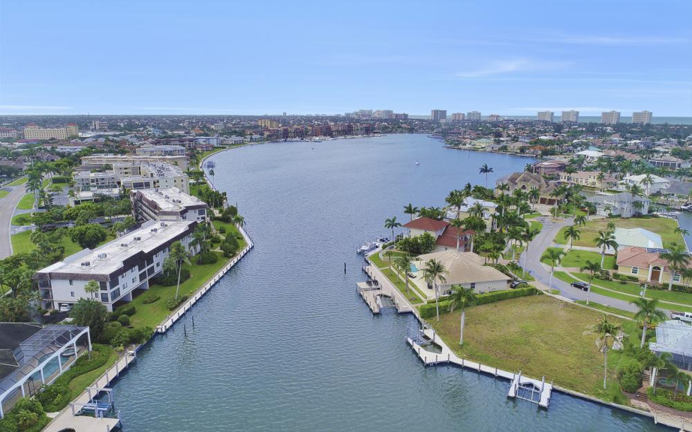 764 Hull Ct, Marco Island - Lot For Sale 347412426
