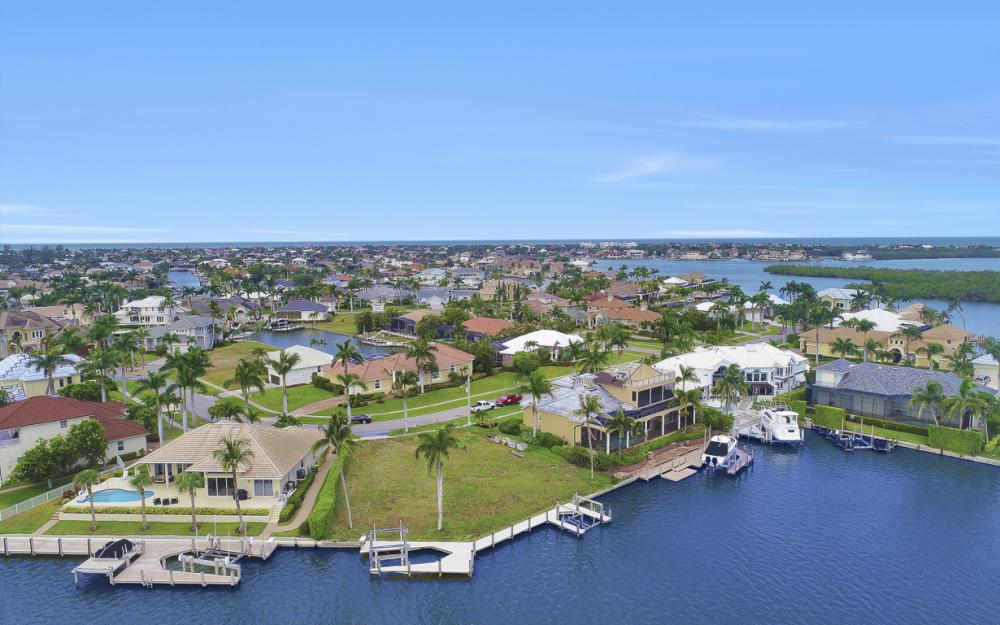 764 Hull Ct, Marco Island - Lot For Sale 757365876